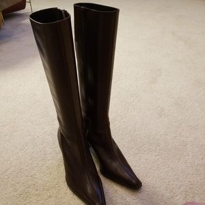 NWOB Banana Republic Stomp Boots in Size 8.5M